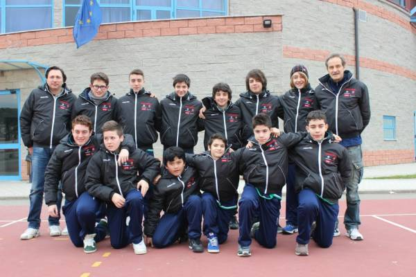 In piedi da sinistra :Urbano Massimo-Focosi Leonardo-Baglieri Giacomo-Urbano Marco-Turini Antonio-Cecchetti Jacopo-Carli Tommaso-Fabio Innocenti